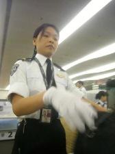 hk-bag-check-2